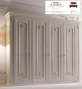lemari pakaian kayu mewah pintu 6