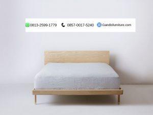tempat tidur minimalis kayu sungkai