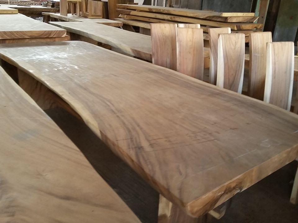 meja kayu trembesi