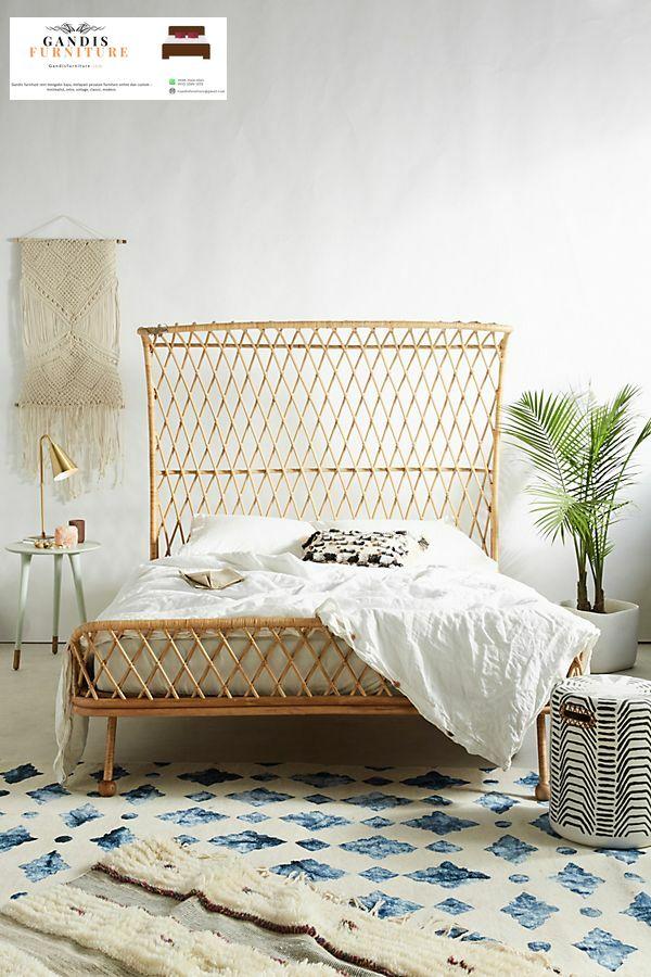 tempat tidur rotan