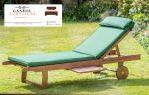 kursi lounger dengan bantalan