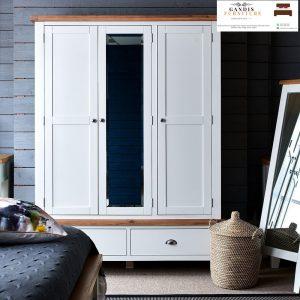 Lmeari pakain 3 pintu minimalis putih