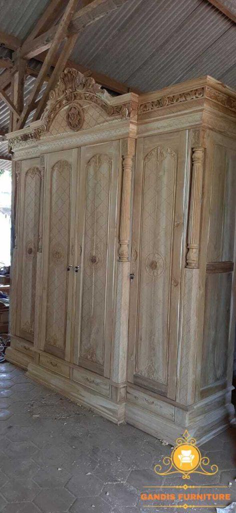 lemari pakaian kayu jati mewah 4 pintu