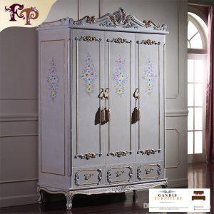 lemari pakaian 3 pintu ukiran jepara