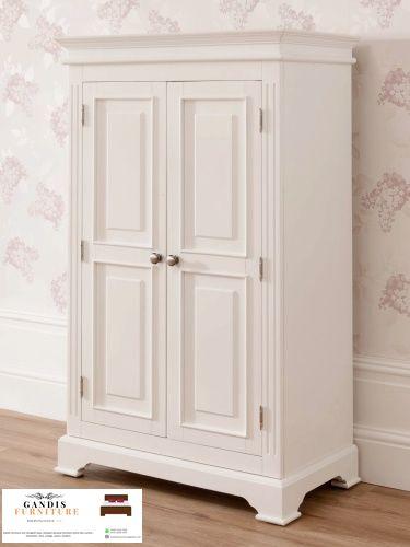 lemari pakaian putih duco