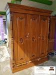 lemari pakaian 3 pintu kayu solid jepara