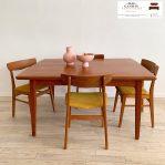 Meja makan minimalis kayu jati model cafe