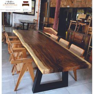 meja trembesi jepara | meja makan kayu trembesi terbaru