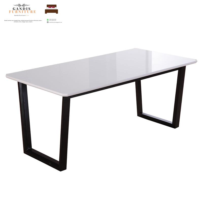 meja marmer putih cararra