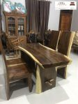 meja makan kayu trembesi 4 kursi