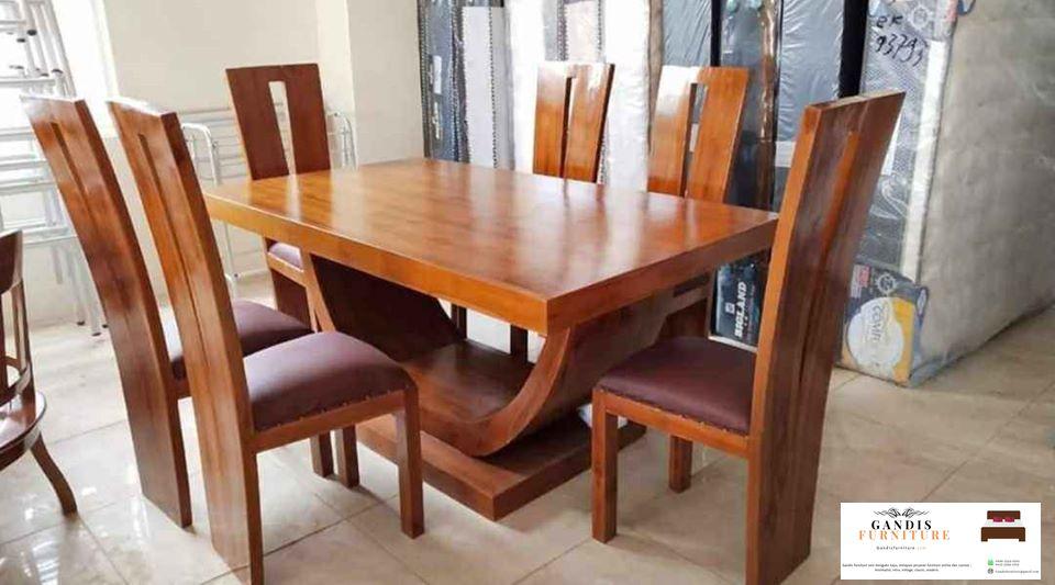 Set meja makan minimalis kayu
