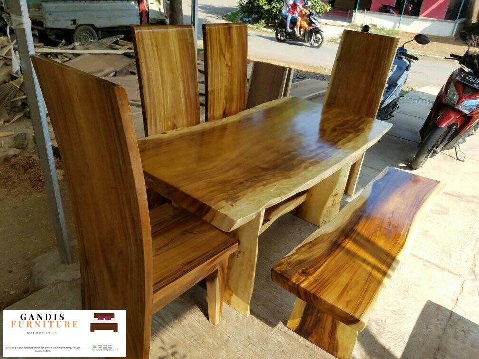meja makan kayu trembesi utuh
