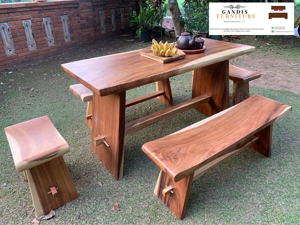 model meja makan kayu trembesi