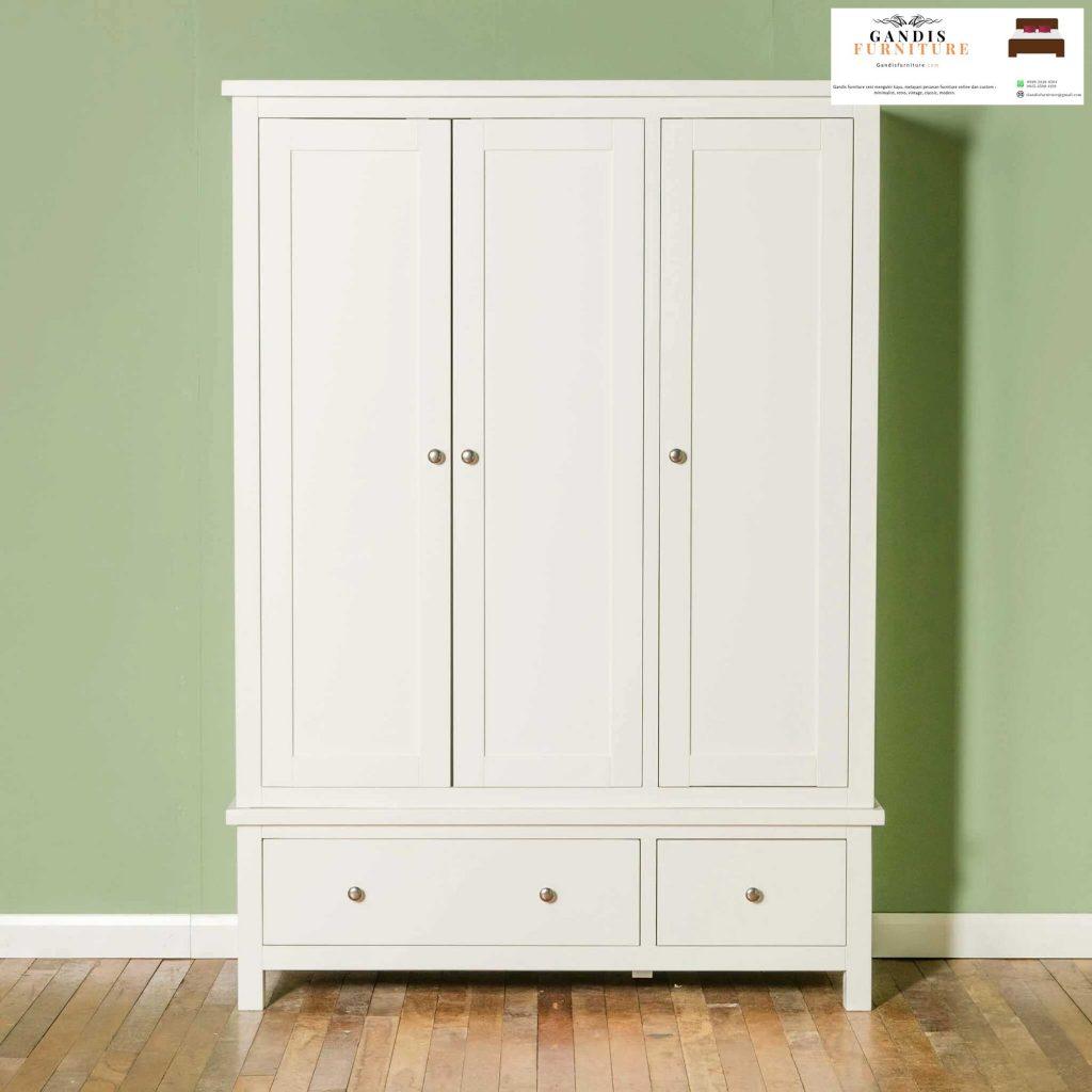 lemari pakaian 3 pintu minimalis
