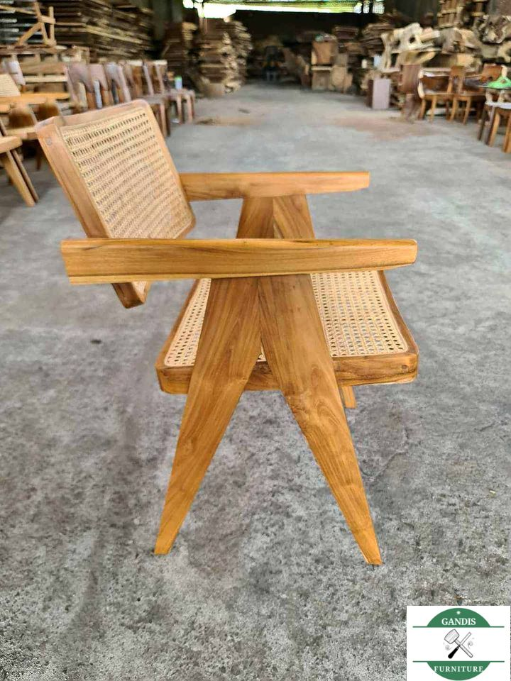 Kursi cafe kayu jepara