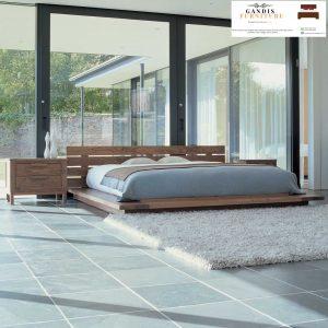 Tempat tidur kayu lantai minimalis