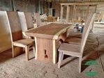 Meja trembesi kayu utuh solid