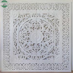 Hiasan dinding ukiran jepara putih