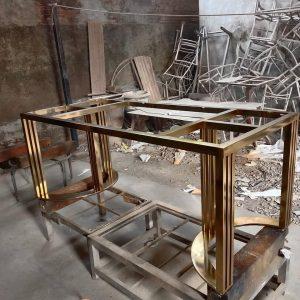 Meja makan marmer kaki stainless steel mewah Terbaru
