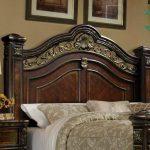 Set Tempat Tidur Mewah Kayu Jati jepara warna klasik