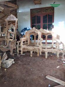 Kursi tamu kayu jati romawi mewah