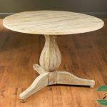 Meja makan klasik bundar kayu jati