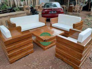 Kursi Tamu Minimalis Model Box kayu Jati